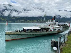 008-dampfschiff-loetschberg